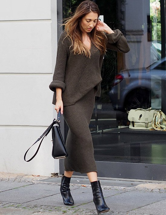 Fashionable Knitted Dress Outfit | Styles Week