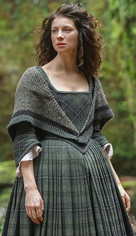 Outlander Claire Outfit clothes I want to knit this fabulous shawl .