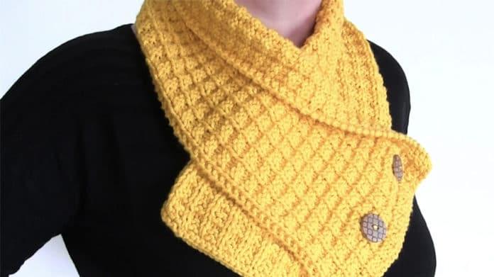Waffle Neck Warmer Scarf Knitting Pattern | Studio Kn