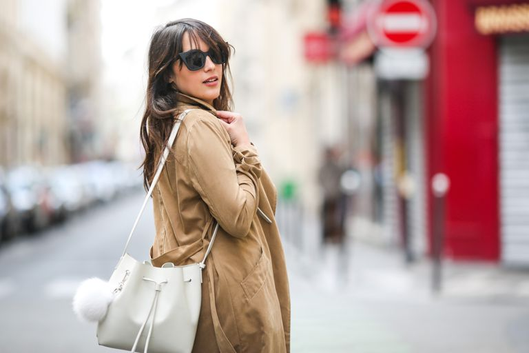 12 Trench Coat Outfits for Any Occasi