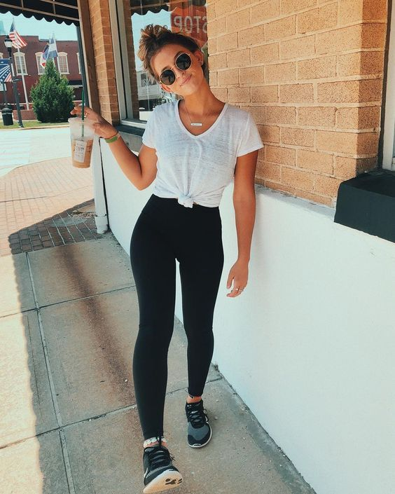 RENNegade Black Leggings | Sporty outfits, Black leggings outfit .