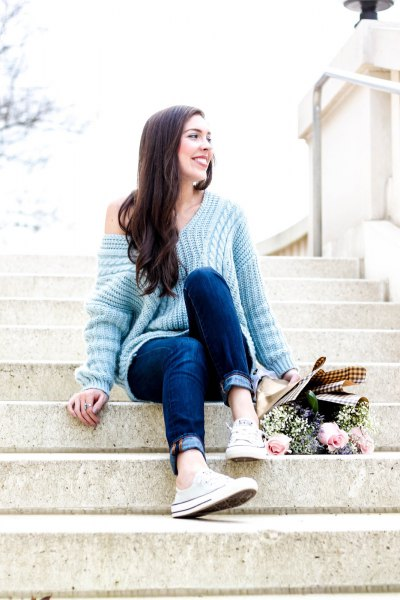 How to Style Light Blue Sweater: Cozy & Refreshing Outfits for .