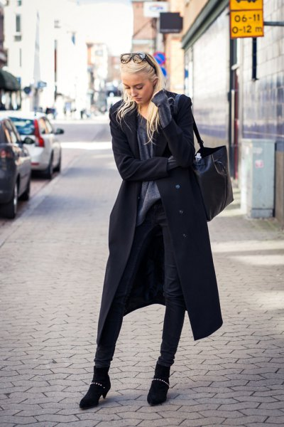 How to Style Long Black Coat: 13 Amazing Outfit Ideas for Ladies .