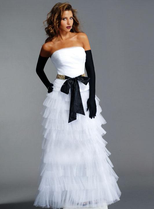 White Black Wedding Dress with Gloves | Wedding Plan Ide