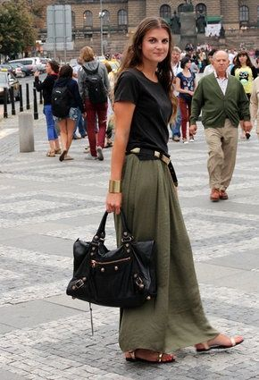 long khaki skirts (13) | Maxi skirt outfits, Green maxi skirt .