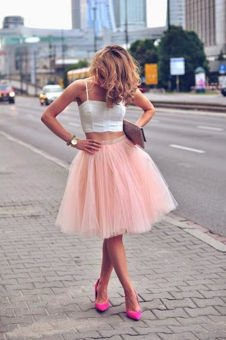 How To Wear a Tulle Skirt Ideas - Be Modi