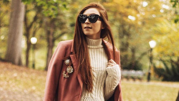25 Outfit Ideas to Wear Long Coats in a Stylish Way This Wint