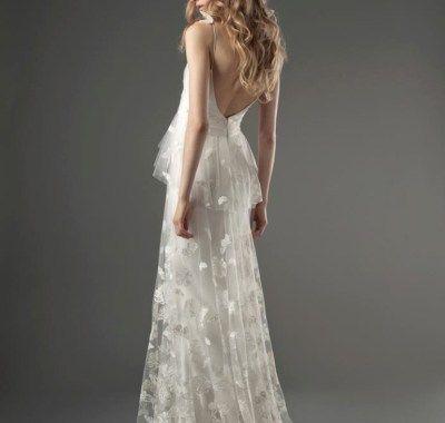 Wedding Hair Low Back Dress (Dengan gamba