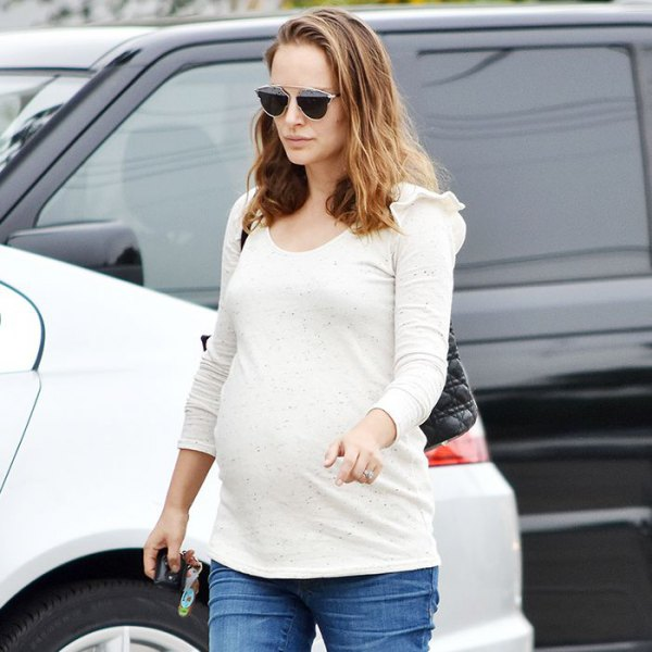 How to Style Maternity Jeans: Best 15 Outfit Ideas for Women .