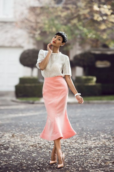 How to Wear Mermaid Skirt: 15 Ladylike Outfit Ideas - FMag.c