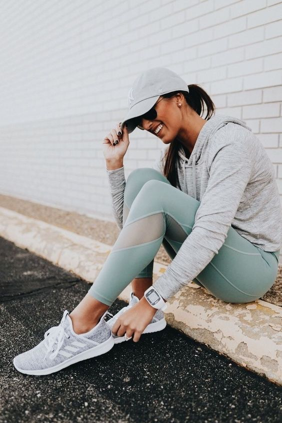 50+ Workout Outfits For Women Ideas 38 - Gym outfit | Cute workout .