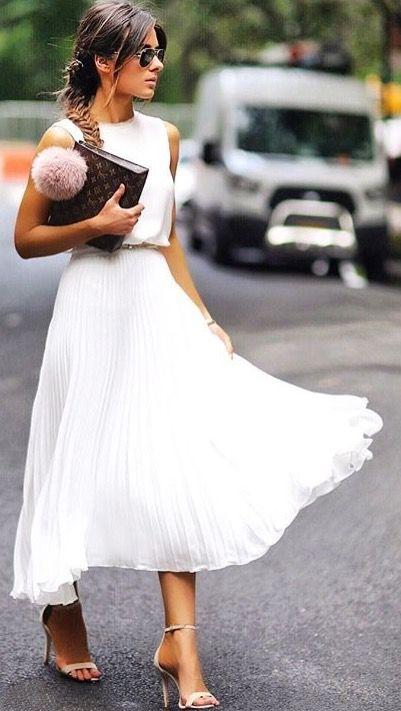 Kira ( crop skirt length ) | White skirt outfits, Fashion, Pretty .