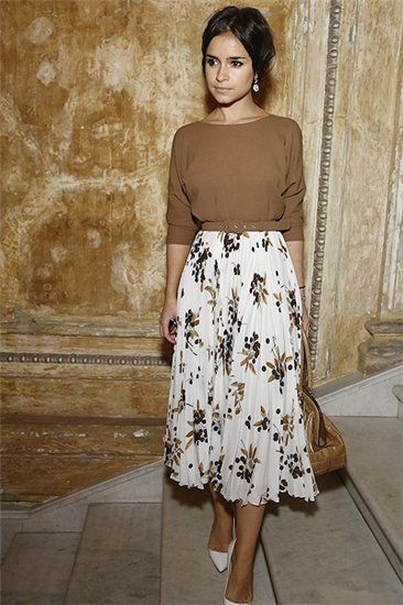 How to Wear Midi Skirts - 20 Hottest Summer /Fall Midi Skirt .
