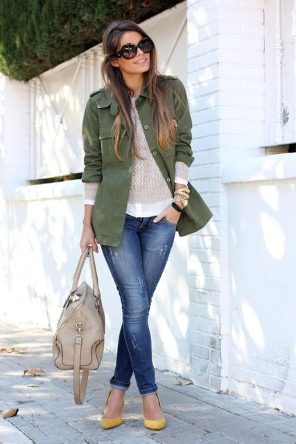 21 Cool Outfit Ideas With Yellow Shoes - Styleohol