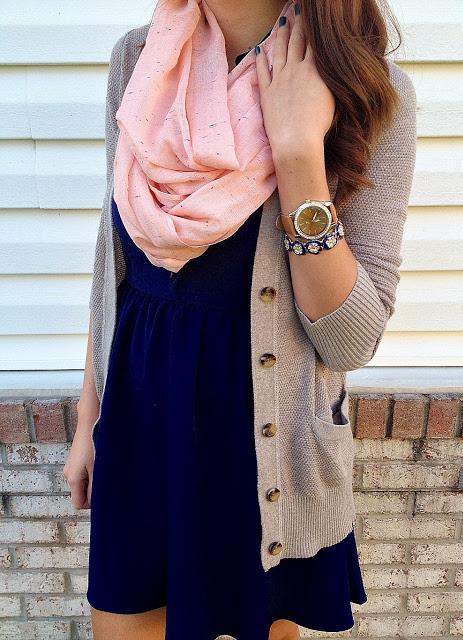 navy blue dress, cream caridgan, pink infinity scarf... Perfect .
