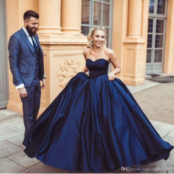 Best 13 Navy Blue Gown Outfit Ideas for Women - FMag.c