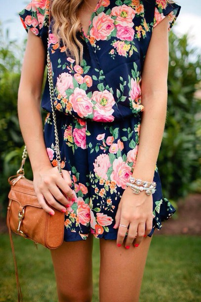 romper, fall outfits, flowers, romper, blue, floral, navy .