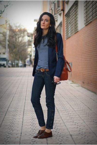 love everything about this outfit-- dark brown oxford shoes .