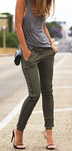 14 Best Outfits with green jeans images | Outfits, Autumn fashion .