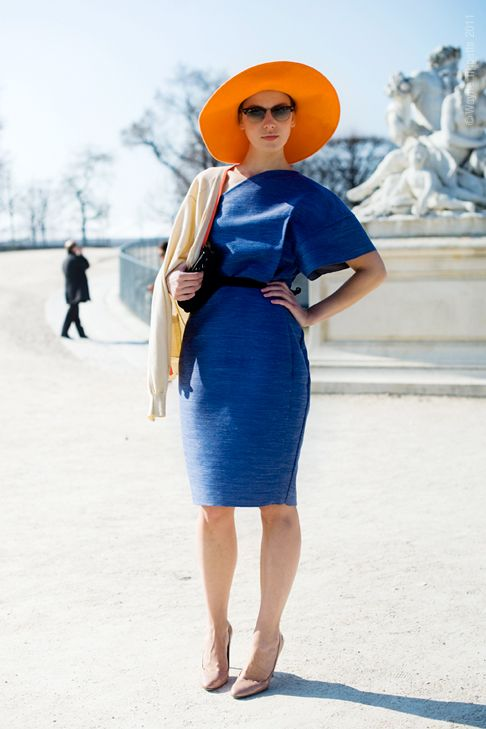 How to Wear and Mix Orange with Blue Outfits 2020 | Become Ch