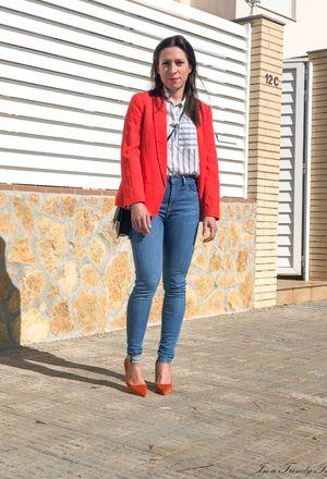 combine orange heels with red blazer | Chicisi
