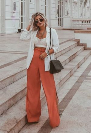 Outfit with orange pants | Orange pants, Orange pants outfit ideas .