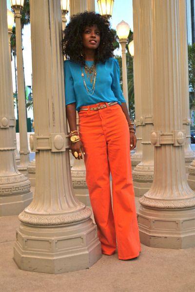 Orange + turquoise.- I love her!!! Think Im gonna try orange pants .