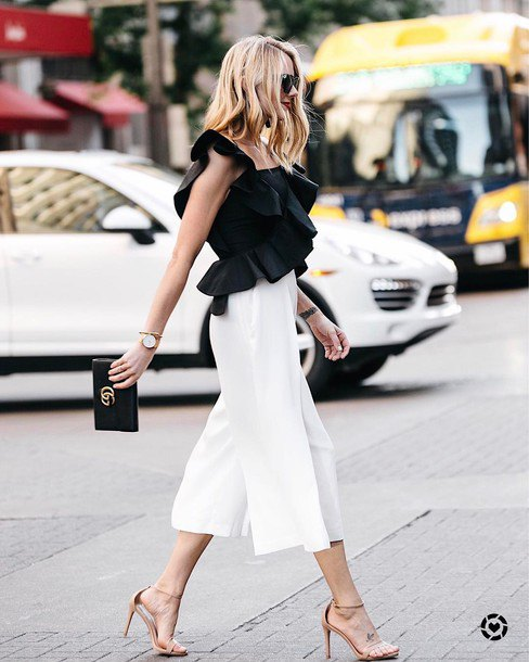 15 Amazing Outfit Ideas on How to Style Black Ruffle Top - FMag.c