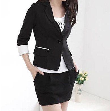 Dressysm Slim Blazer with Contrast Cuffs Jacket/Outerwear/Black .