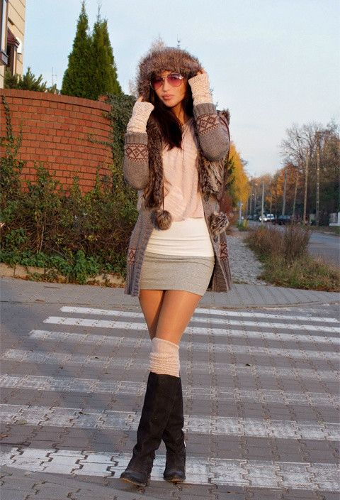 How to Wear Knee High Socks: 19 Stylish Outfit Ideas | Fashion .