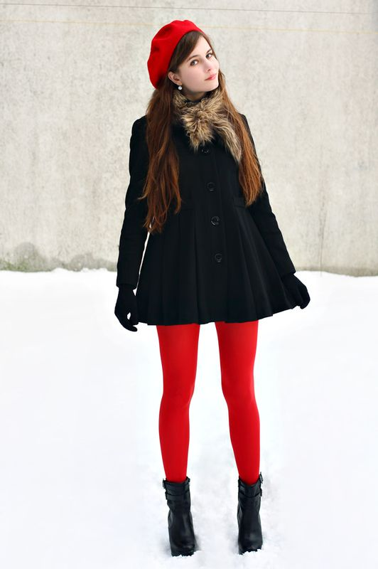 How to wear Red Leggings? - Tips on Wearing Red Leggin