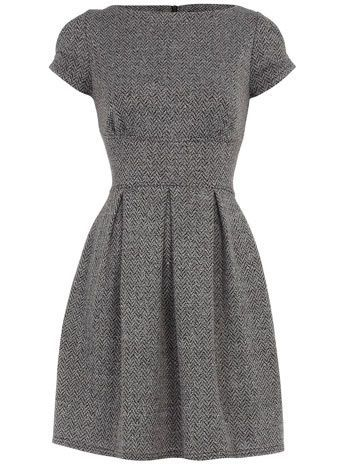 6 super stylish winter outfits with a gray wool dress | Fashion .