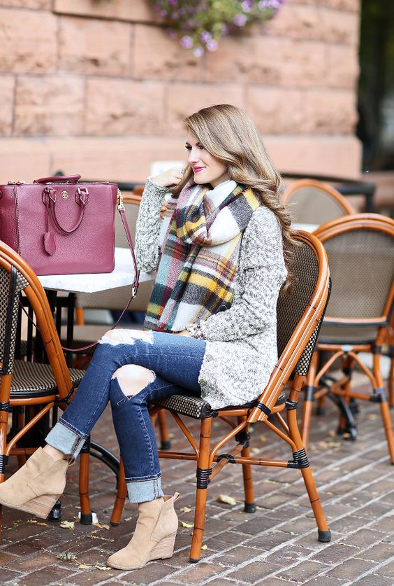 27 Blanket Scarf Looks To Rock This Fall - Styleohol