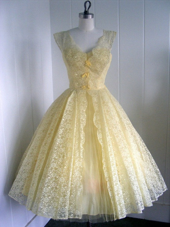Vintage Outfits : pale yellow vintage dress MUST HAVE ALL THE .