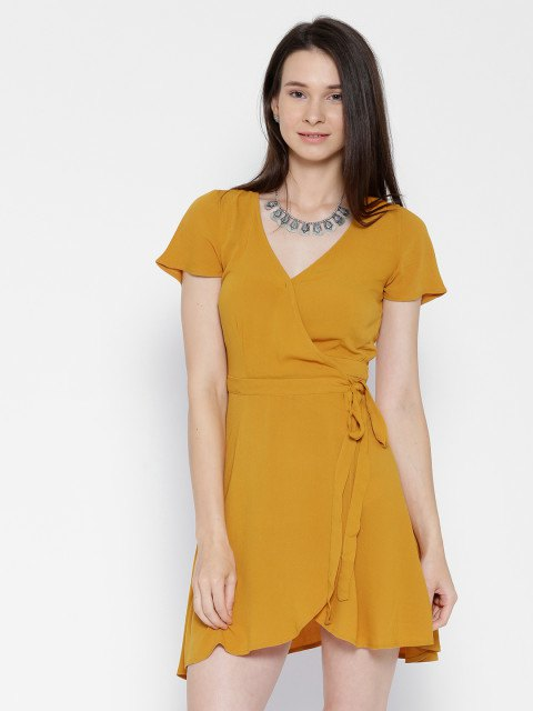 15 Lovely Mustard Yellow Dress Outfit Ideas: Style Guide - FMag.c