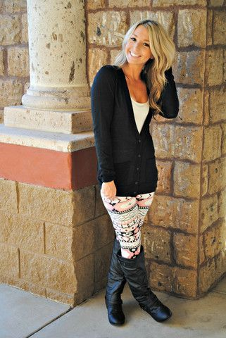 24 Casual Leggings Outfit Ideas You'll Look Awesome In | Patterned .