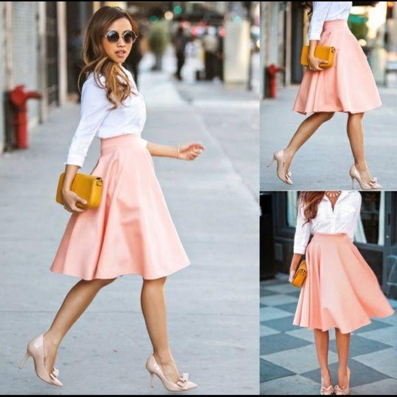 ⚡️⚡️A-line slightly pleated light peach skirt | Outfits .
