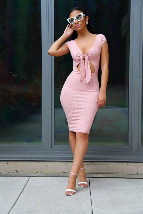 Spikes And Sequins Pink Bodycon Dress Outfit Idea | Body con dress .