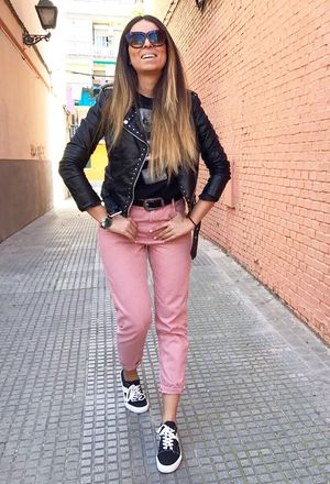 How to wear rock outfits with zara pink jeans | Chicisi