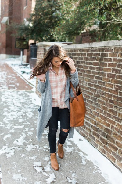How to Wear Pink Plaid Shirt: Best 15 Outfit Idea for Women - FMag.c