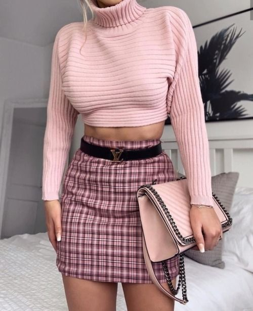 pink outfit, plaid skirt outfit. pastel goth outfit. instagram .