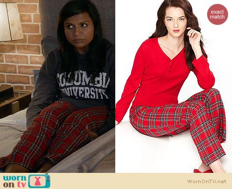"WornOnTV: Mindy's grey ""Columbia University"" sweatshirt and plaid ."