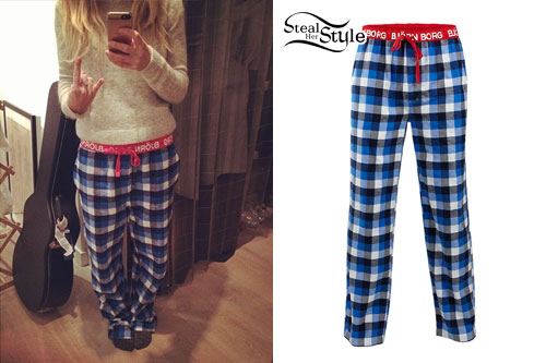 Ellie Goulding: Blue Plaid Pajama Pants | Steal Her Sty
