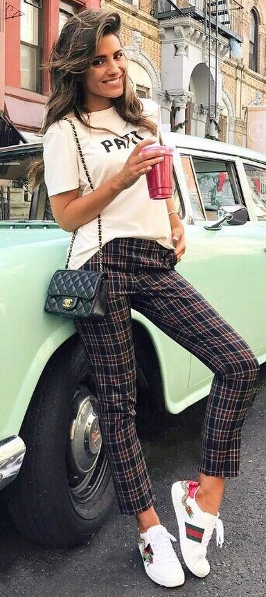 30+ Ways to Wear Your Favorite Plaid Clothes This Fall | Plaid .