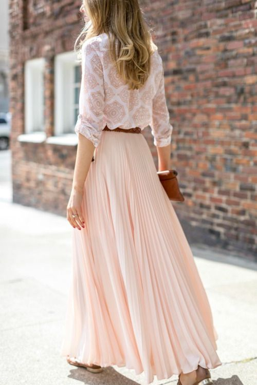16 Beautiful Maxi Skirt Outfits for Summer - crazyfor