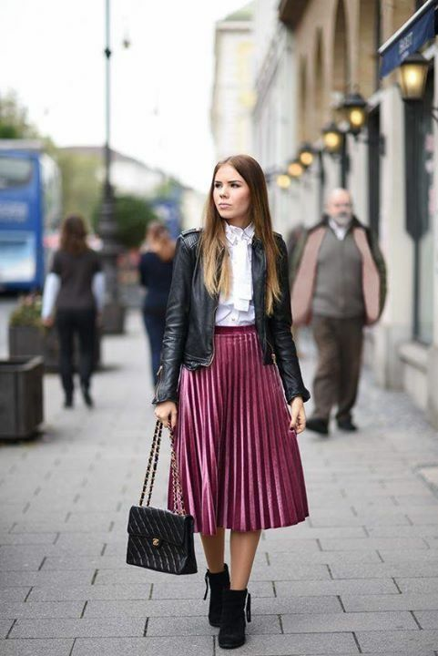 Street Style | Pleated skirt outfit, Midi skirt outfit, Pleated .