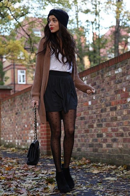 36 Stylish Outfit Ideas with Shorts and Tights | Fashion, Polka .