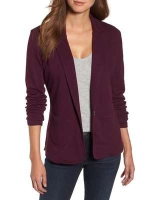 New Savings on Women's Caslon Two Pocket Knit Blazer, Size Medium .