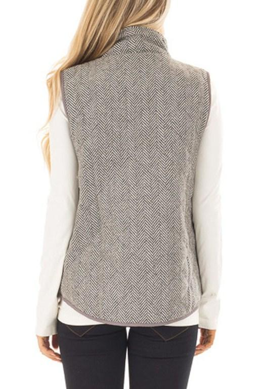 Womens Gray Zipped Pocket Quilted Vest with Coffee Frame MB85086 .