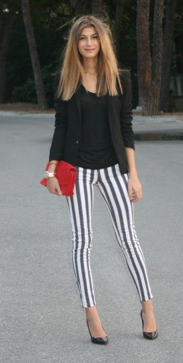 Black & white striped pants | Ropa, Ropa casual, Pantalon a rayas .